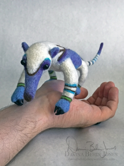 Anteater_onHand3